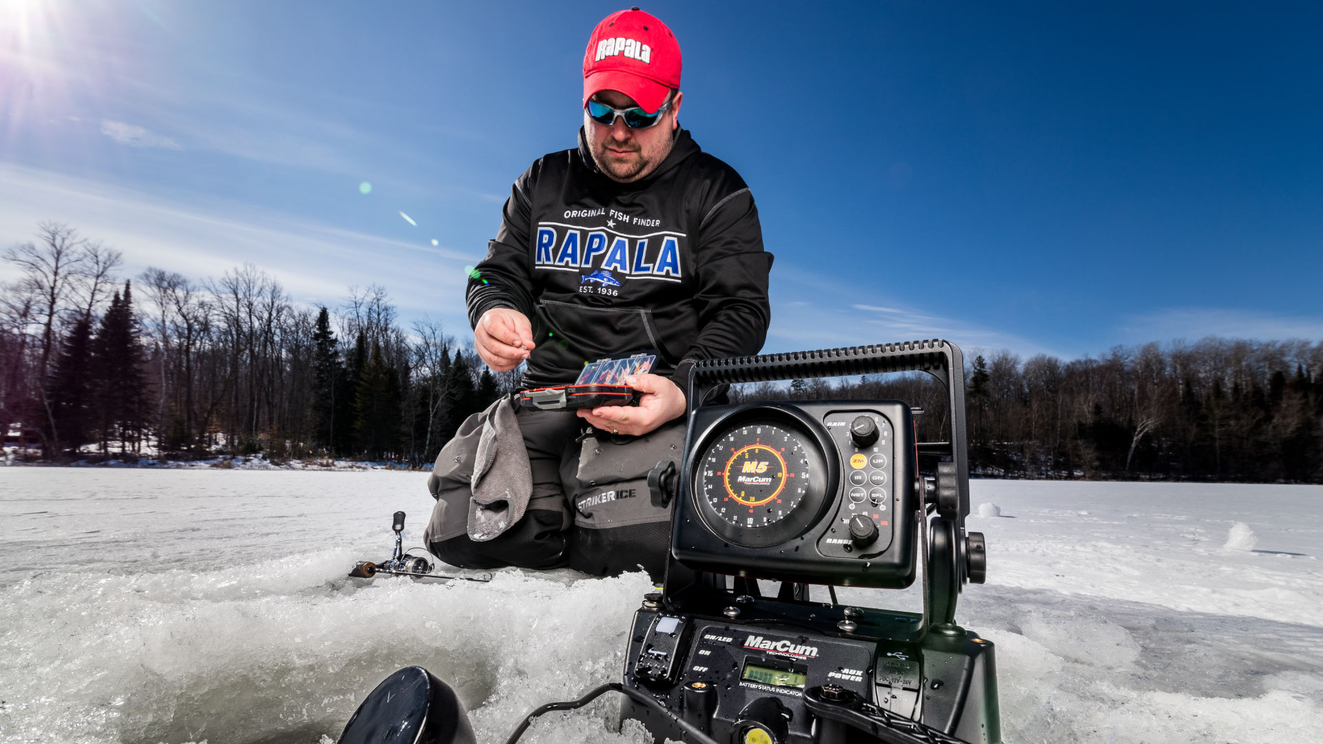 Beginner's Guide to Using an Ice Fishing Flasher